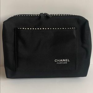 eeb103d97ede9d CHANEL Parfums Cosmetic Travel Black & White Bag